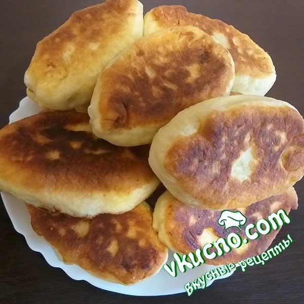 Пирожки с картошкой дрожжевые жареные